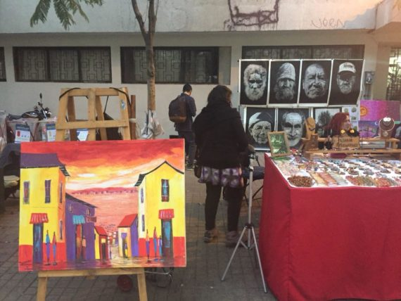 santiago de chile open market paintings