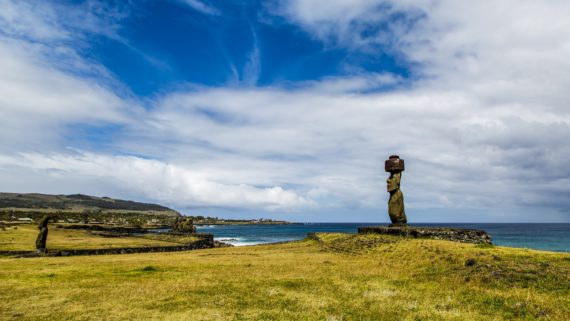 seaside scenery on rapa nui